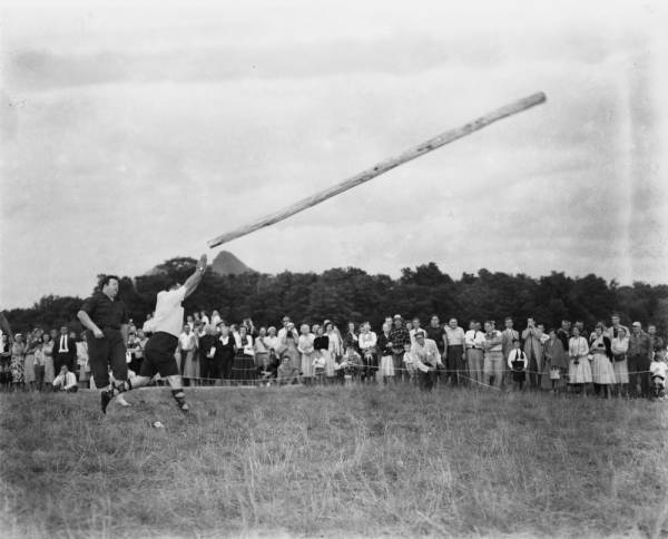 Highland Games caber toss